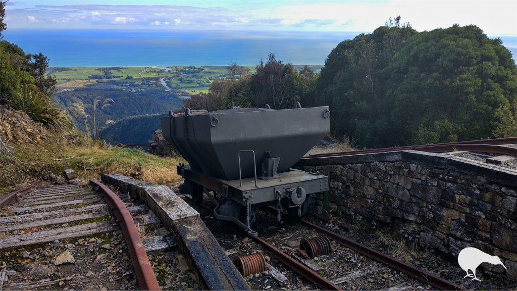 Exposición histórica de la minería del carbón en Denniston